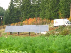 noti oregon solar powered farm pole mount